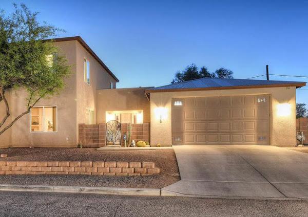 garage door service in Tucson by Discount Door Service