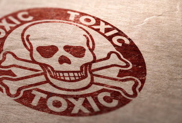 Toxicity In Common Household Items - Dr. Amauri Caversan