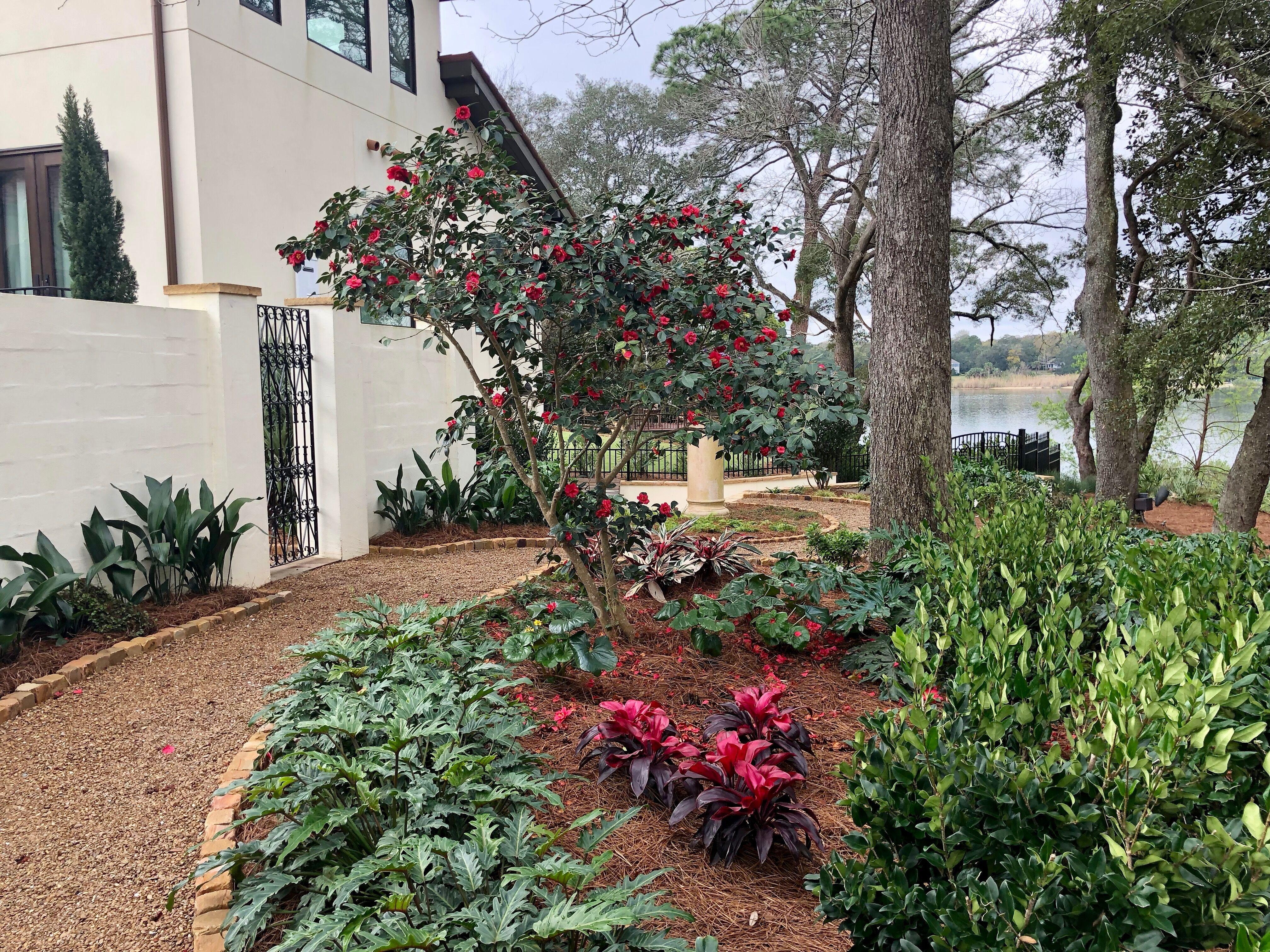 interior landscapers in Pensacola